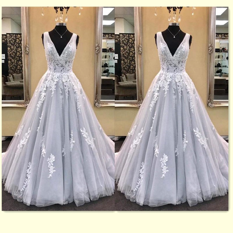 Elegant Long   Prom     Dresses   2019 V Neck Floor Length A Line Lace Applique Formal Gown Women vestido de festa vestido formatura