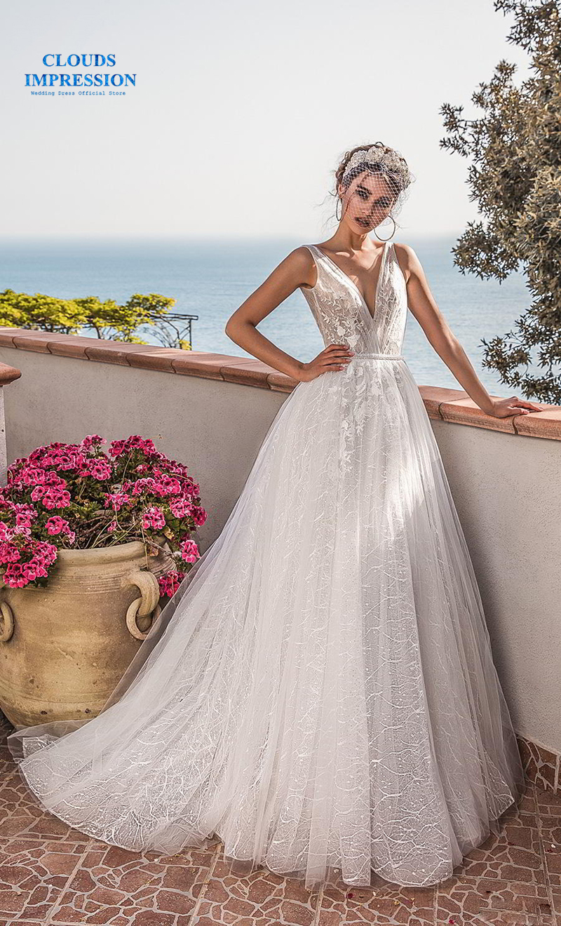 CLOUDS IMPRESSION A Line wedding dress 2019 Sexy Deep V Neck Open Back Bohemian Lace Appliques