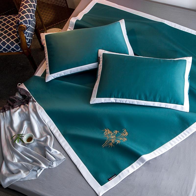 Glace soie matelas trois ensembles de literie lavable matelas matelas d'été lit en bambou ensemble de clips de drap de lit