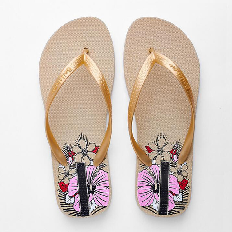 Women flip flops 2018 summer beach shoes for women flat Casual slippers for holiday size 35-40 2018 women fur slippers luxury real fox fur beach sandal shoes fluffy comfy furry flip flops