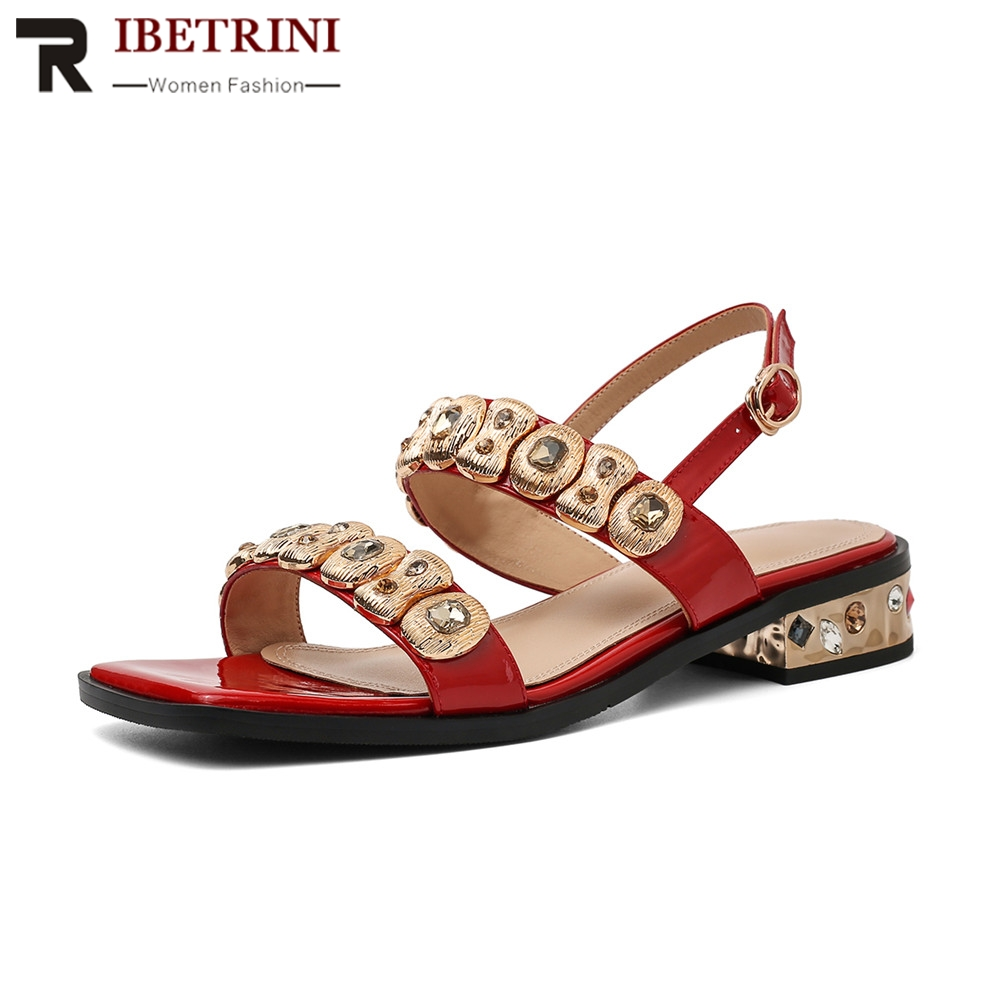 RIBETRINI Brand New Size 33-40 Patent Leather Crystal Metal Decoration Women Shoes Woman Casual Party Summer Sandals 2019RIBETRINI Brand New Size 33-40 Patent Leather Crystal Metal Decoration Women Shoes Woman Casual Party Summer Sandals 2019