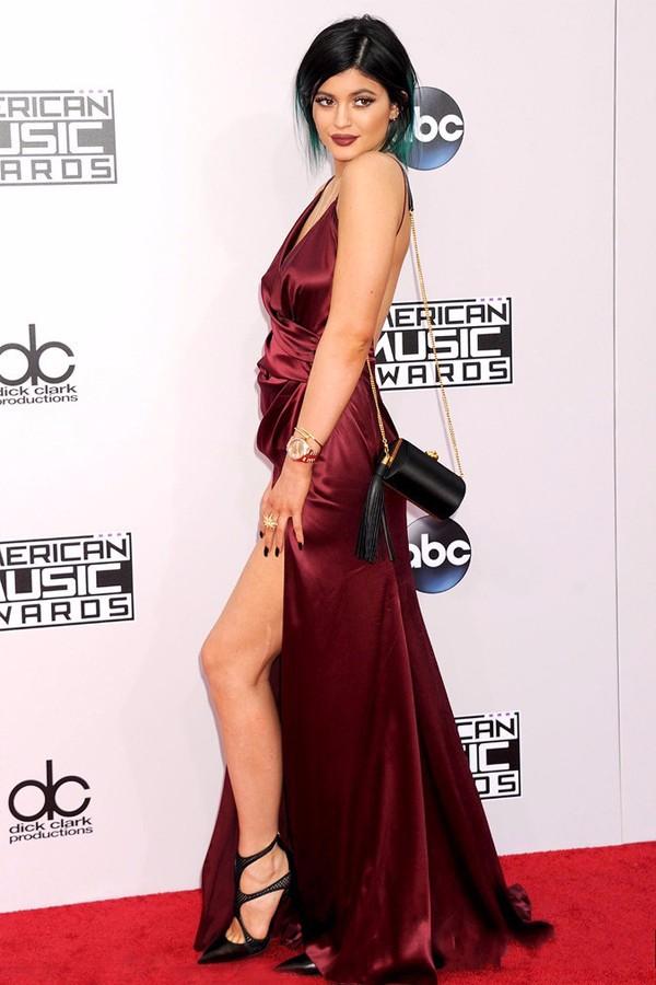 01A Kylie Jenner