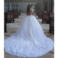 C V High Quality Luxury Long Training Middle East Style White Lace Wedding Dress 2017 Custom