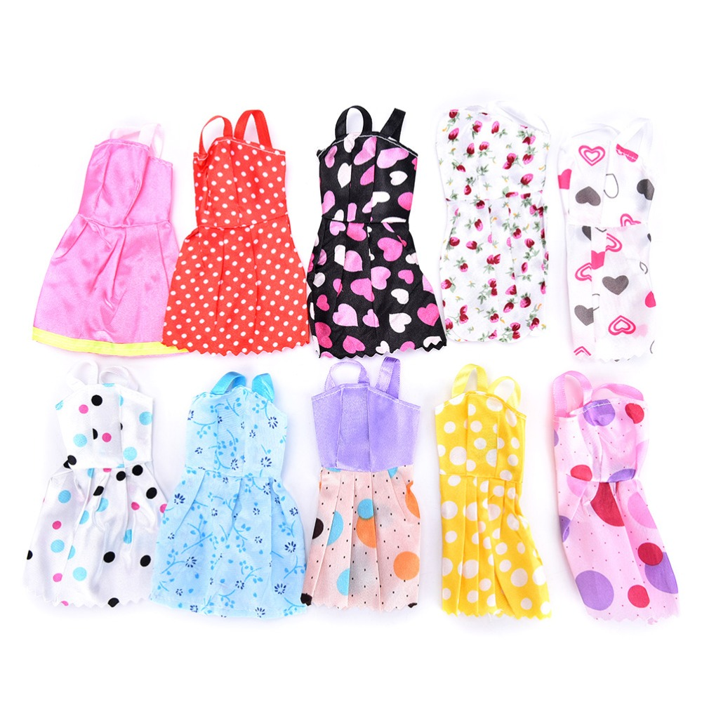 15 PCS Random Fashion Dress Clothes for Barbie Doll Accessories Play House Dressing Up Costume Kids Toys Gift in Dolls Accessories from Toys Hobbies