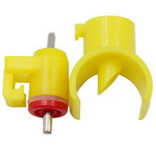 5Pcs Chicken Yellow Nipples Drinking Snap and Lock Nipples Water Drinking Poultry Chicken Quail Drinker Water Feeding Supplies