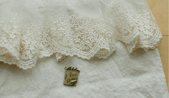 Versatile Mink Velvet Cap Sleeve Top with Lace Trim Inserts and Lace Border Hem