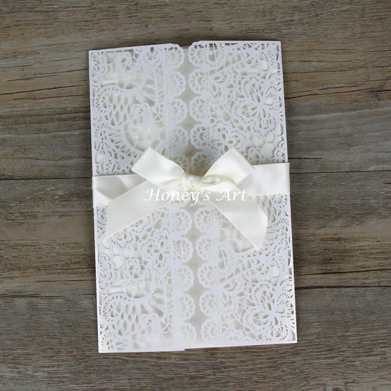Editor S Pick Romantic Tab Wedding Invitation