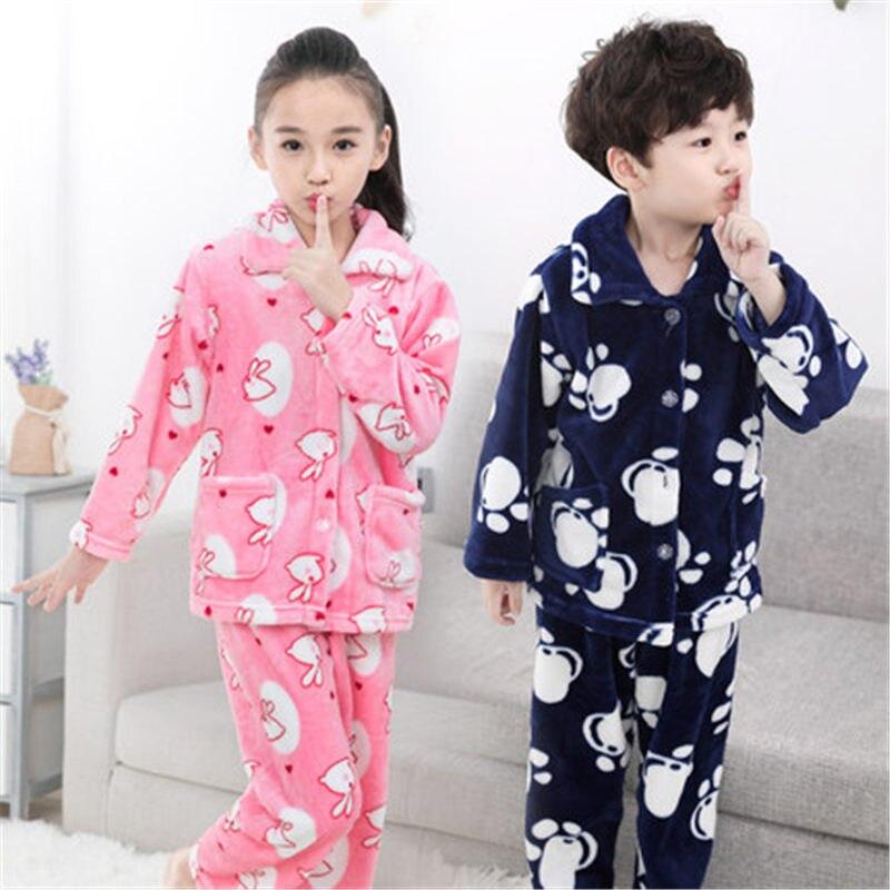 Girls   Boys Autunno Inverno Vestiti di Flanella Pigiami Delle Ragazze  Pigiama Bambini Pigiama Ragazzi Sleepwear Corallo Del Panno Morbido Degli  Indumenti ... 822c28f087ab