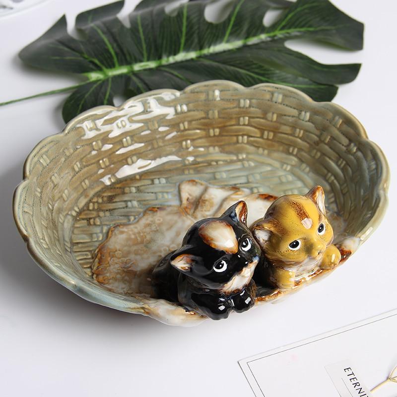 Lovely Couple Cats Gaze Around Porcelain Figurines European Style Ceramics Bowl Cute Lovers Miniature Decor Craft