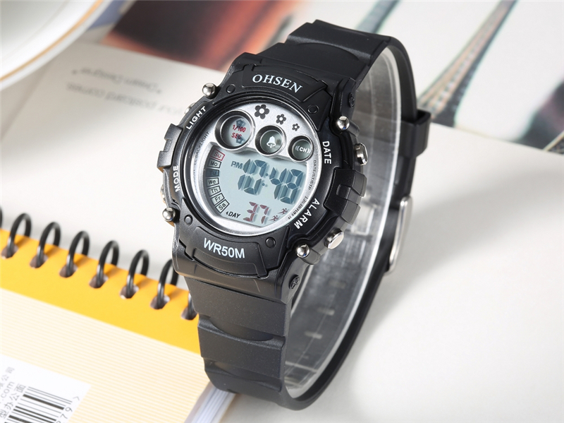 New 2019 OHSEN Digital Quartz Kids Boys Fashion Sports Wristwatch Rubber Band 50M Waterproof Sport Cartoon Cute Children Watches (21)