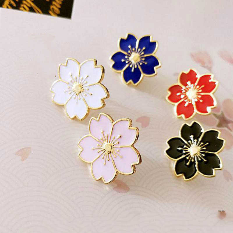 Qiaoyue The new 2017 sweet cherry blossom brooch Drip flower collar pin badges Clothing bags accessories Female accessories