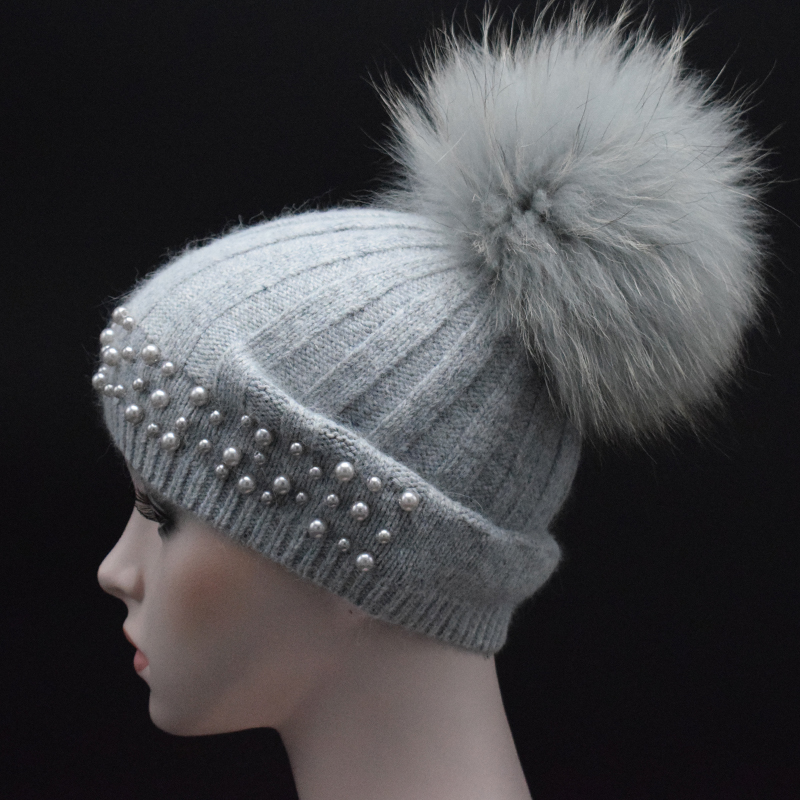 2017 Autumn winter Knitted Wool Hats For Women Fashion Pompon Beanies Fur Hat Female Warm Caps With pearl Raccoon Fur Cap gorros autumn winter beanie fur hat knitted wool cap with raccoon fur pompom skullies caps ladies knit winter hats for women beanies