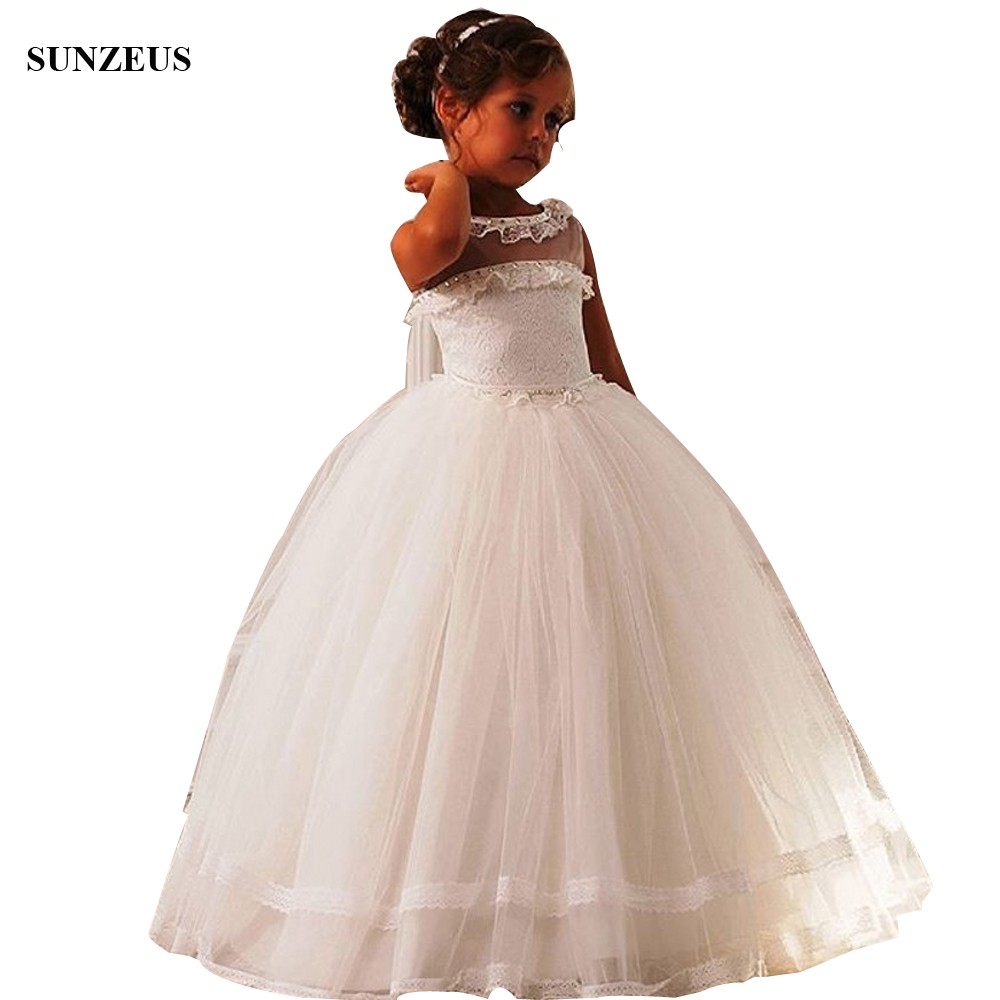 Ball Gown Iovry   Flower     Girl     Dresses   With Beaded Neckline Lace Corset Wedding Party Gowns With Beads blumenmadchen kleider FLG104