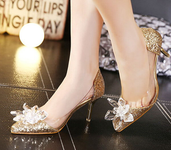 Detail Feedback Questions about 2018 New Glitter Rhinestone High Heels  Cinderella Shoes Women Pumps Pointed toe Woman Crystal Wedding Shoes  Zapatos Mujer ... 18112b341b36