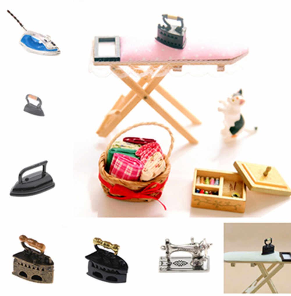Hot 1:12 Mini จักรเย็บผ้า Iron Board จำลองเฟอร์นิเจอร์สำหรับสาวตุ๊กตาบ้านตกแต่ง Dollhouse Miniature อุปกรณ์เสริม