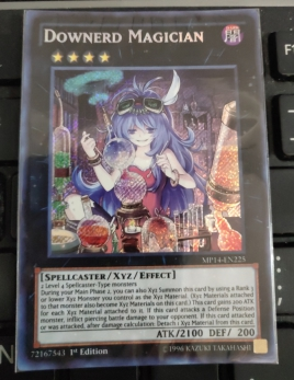 PGL2-EN047 Downerd Magician Gold Rare 1st Edition Mint YuGiOh Card