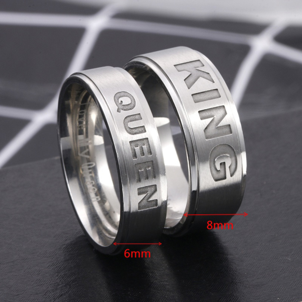 Lovers King Queen Rings Stainless Steel Crown Rings for Couples Lovers Forever Love Promise Rings Couple Engagement Ring