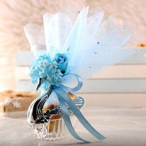 Image 2 - 50 قطعة الأنماط الأوروبية الاكريليك الفضة أنيقة سوان صندوق حلوى الزفاف هدية لصالح صناديق شوكولاتة حفلة + ملحق كامل