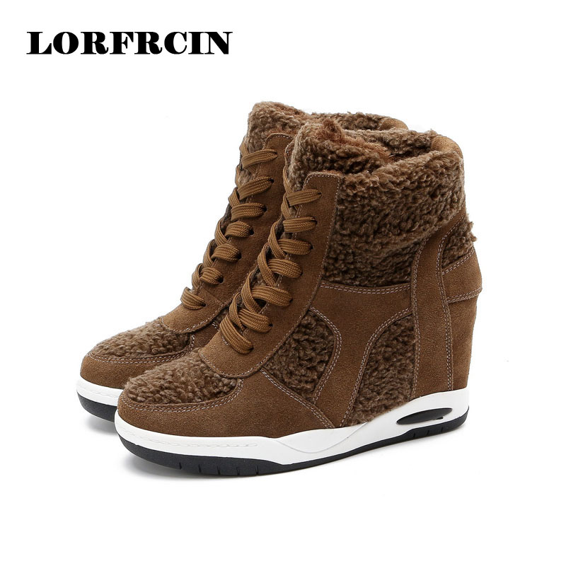 ФОТО 2017 Fashion Lace up Women Cow Suede Platform Women Boots Ladies Shoes RoundToe Ankle Winter&Autumn Wedge Boots LORFRCIN
