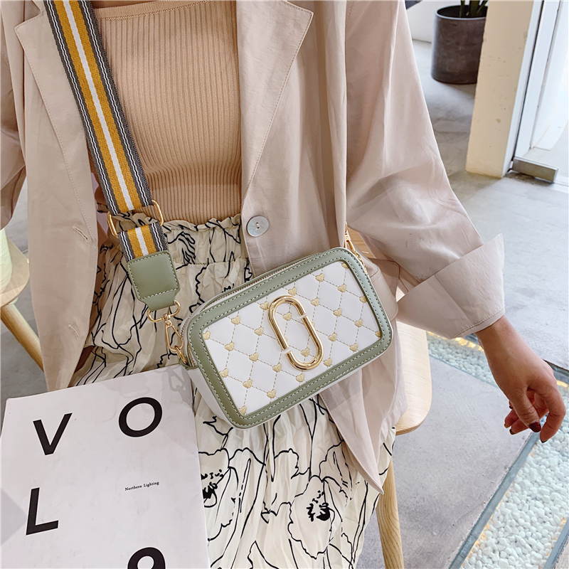 Bag for women 2019 New fashion small bag printing shoulder camera wide shoulder strap Messenger women bag in Top Handle Bags from Luggage Bags