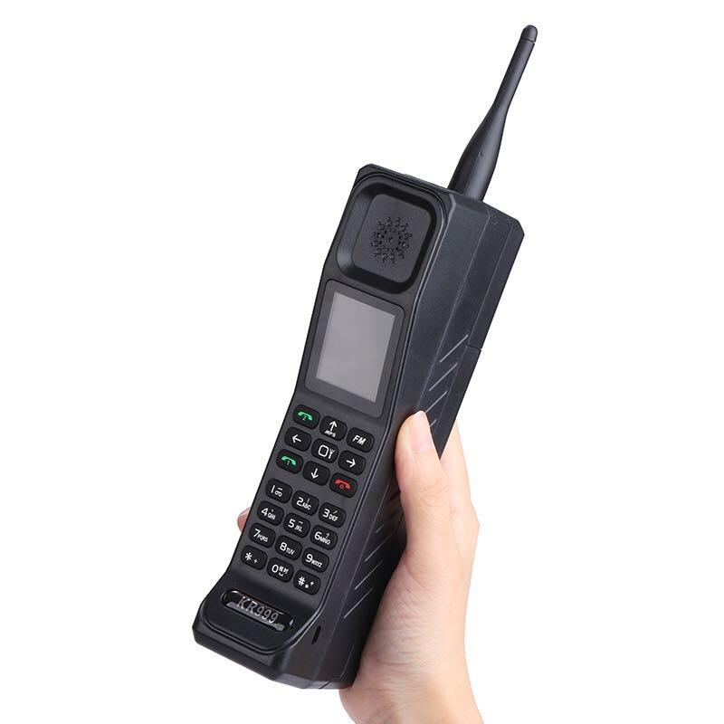 Retro Style Big Brother Mobile Phone Antenna Good Signal Power Bank Extroverted FM Bluetooth Flashlight GPRS Telephone P406