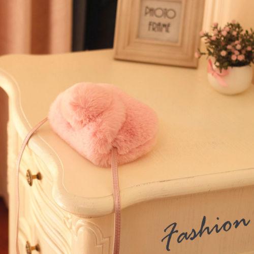 2018 Brand New Girl Lovely Bag Princess Venonat Soft Ball Pretty Shoulder Crossbody Bag For Childs Furry Ball Purses Kids Gifts