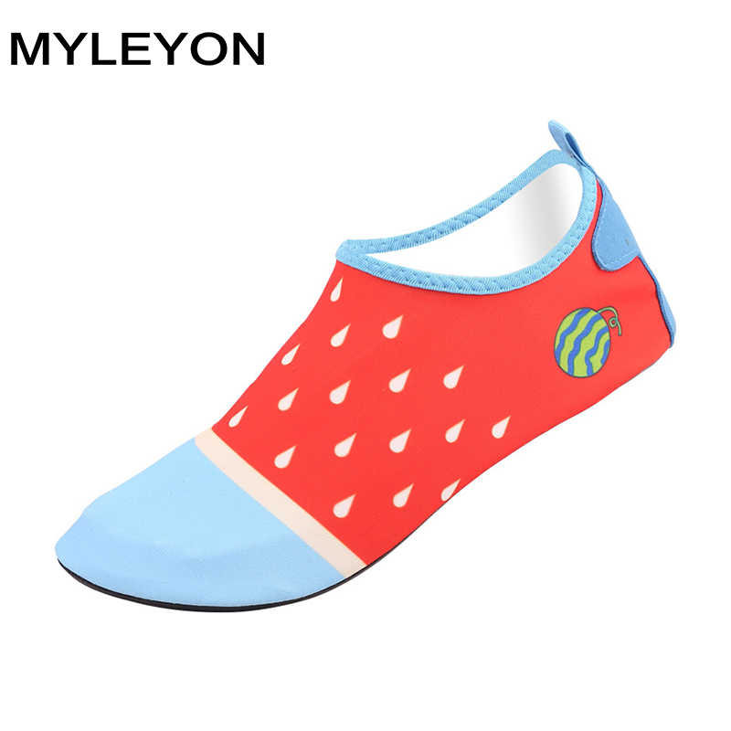 MYLEYON 愛好家浜の靴女性の男性の靴トレッキング Senderismo 上流ウォーキング水速乾性スニーカースキンソフトアクア靴