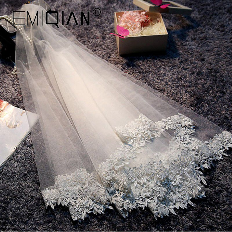 Elegant Ivory Bridal Veil Tulle Lace Edged Appliqued Wedding Veil Stunning Women Wedding Accessory