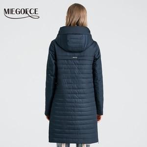 Image 4 - MIEGOFCE 2020 nowa kolekcja damska kurtka wiosenna stylowy płaszcz z kapturem i naszywki podwójna ochrona przed wiatrem