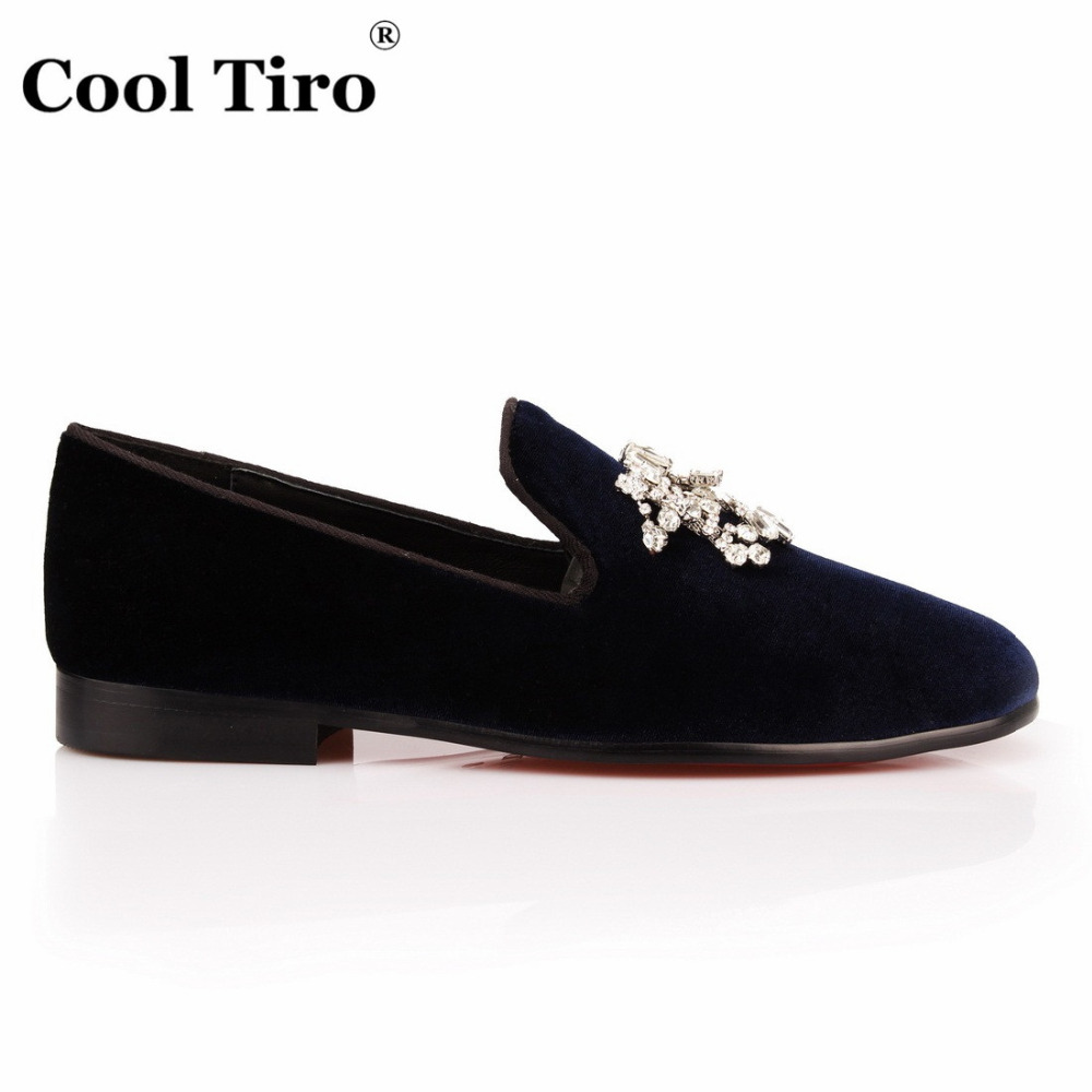 COOL TIRO Navy blue Velvet Loafers Men Crystal Tassel Smoking Slippers Slip  on flat Men s Dress Shoes Party Wedding Casual Shoes-in Formal Shoes from  Shoes ... 9febe26ab4d7