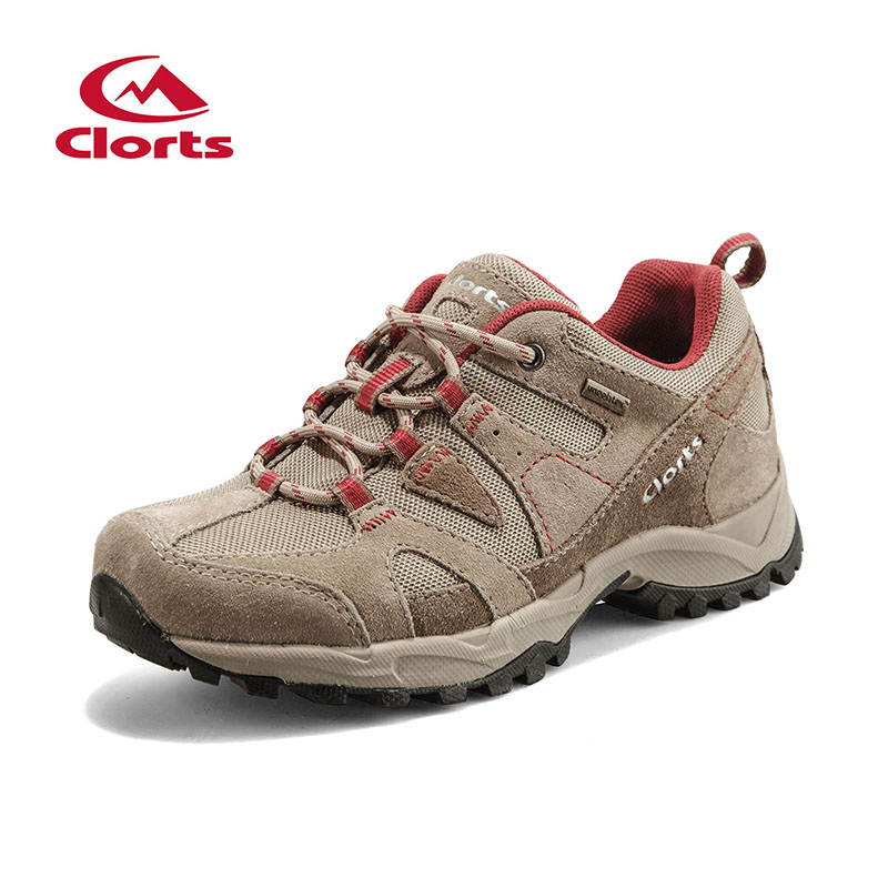 ФОТО 2017 Clorts Womens Hiking Shoes Breathable Waterproof Outdoor Walking Shoes For Women Suede Leather Free Shipping HKL-828C/D