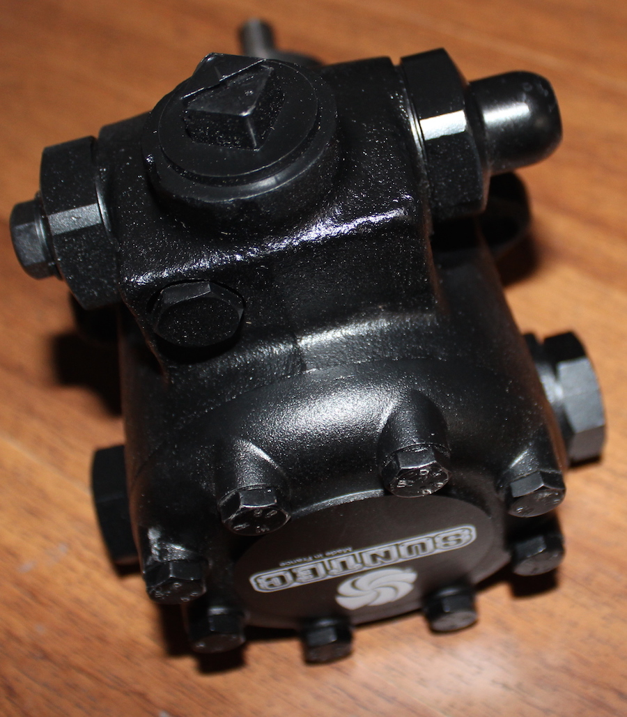 J6CCC 1001 oil pump universal J6CCC 1002 for Light and medium oil burner