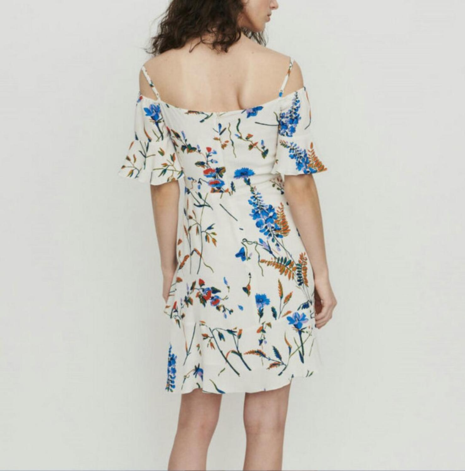Women Dress 2019 Spring and Summer Slim Floral Sling Strapless High Rise Ruffle Mini Dress-in Dresses from Women's Clothing    2
