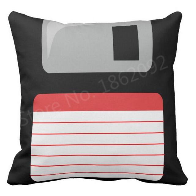 Disquettes noires jeter taie d'oreiller Geek nouveauté disquettes housse de coussin Cool jeu Gaming cadeaux décor oreillers Sham deux côtés 18″