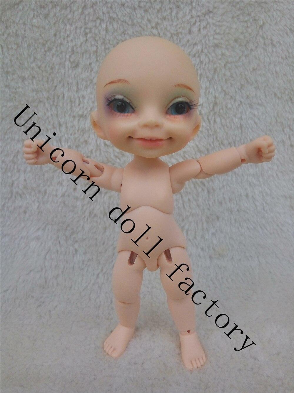1/8BJD poupée visage de sourire humain libre d'envoyer des yeux peut choisir la couleur des yeux-in Poupées from Jeux et loisirs    1
