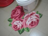 The New National Free Shipping Small Three Pink Roses Rugs Toilet Mats Started Ottomans Sanitary Doormat