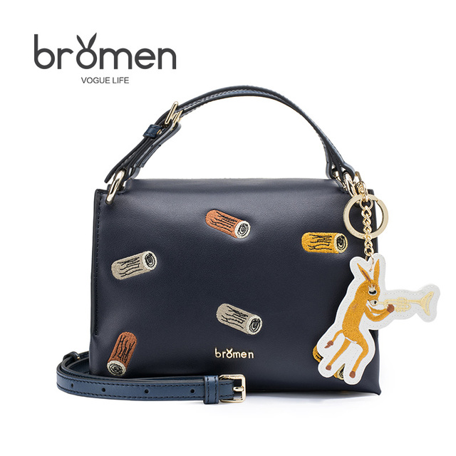 f4662827efa1 BROMEN Fashion British Style Small Handbags 2018 Women Clutch Ladies Party  Purse Famous Brand Crossbody Shoulder