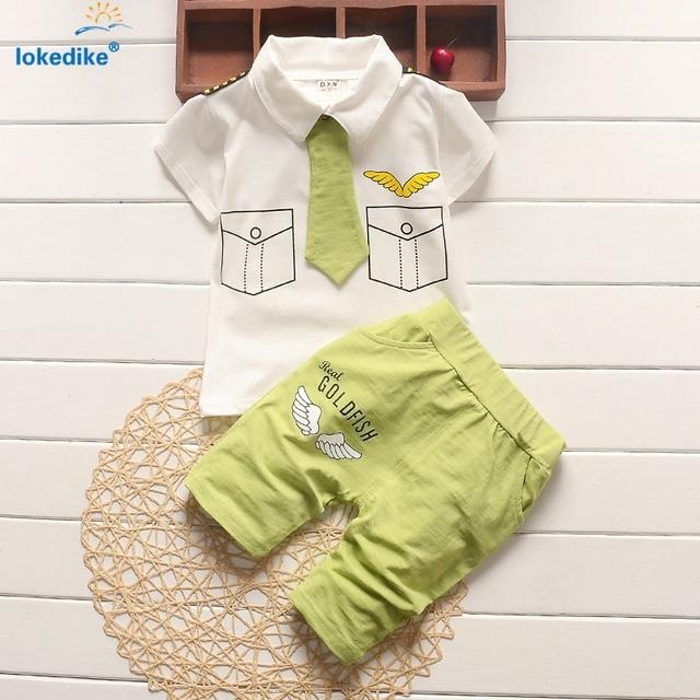 1-7 años niños ropa de verano 2017 nuevos niños del caballero del muchacho del niño ropa Encantadora 2 unidades Set Niños Set de Algodón con Lazo T646