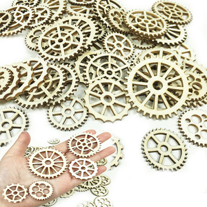 25/50/100pcs Round gear Wooden Hanging Tags Christmas Tree Ornament Steampunk style DIY Engraving Crafts Wedding party Decor(China)