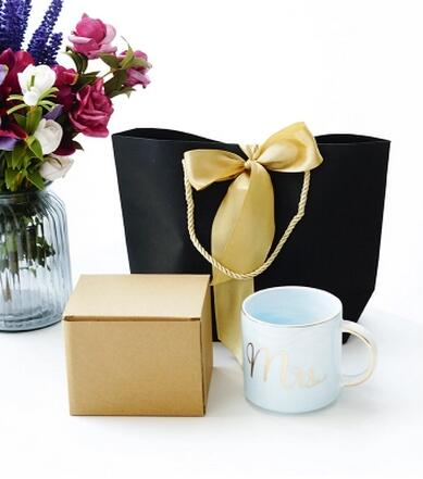 Color Board Paper Portable Gift Environment Friendly Bags With Paper Handle