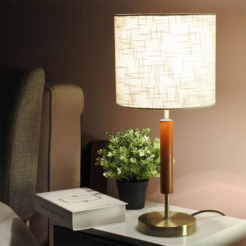Europe Personality Luxury Simple Noble Table Lamps Wood Hardware Iron Table Lamps Bedroom Bedside Living Room Study Table Lamps