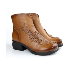 2017 Весной и Осенью Натуральная Кожа Мартин Сапоги Средний Обувь женская Мода Круглого Toe Sapato Feminino Большой Размер Партии обуви