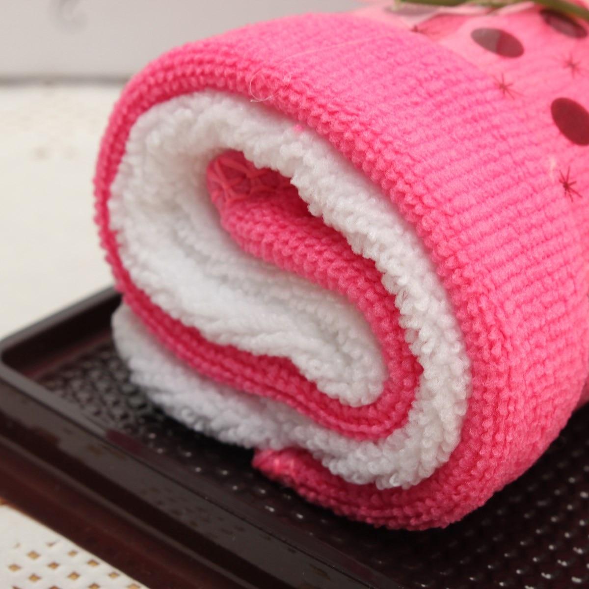 Lovely Fold Cake Washcloth Novelty Bath Baby Towel Handkerchief Roll ...