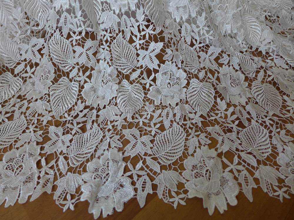 Elegant White Fabric Rose Floral Embroidered Lace Fabric Bridal Fabric