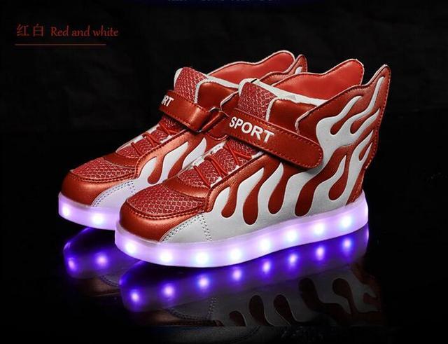 Mode LED chaussures légères enfants Sneakers mode USB charge lumineux lumineux garçon fille chaussures de sport chaussure LED Blanc 9z56SMPe
