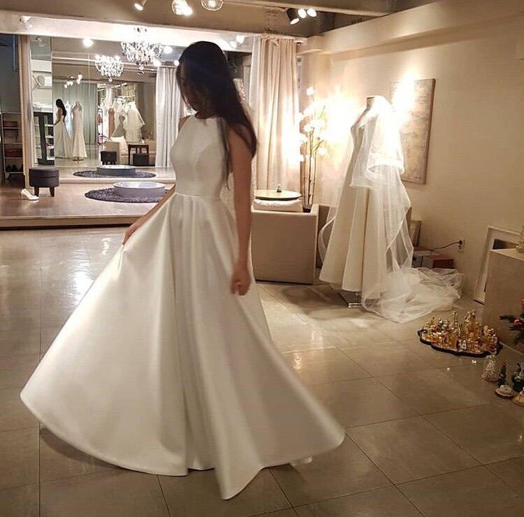 Floor Length Simple 2019 Wedding Dress O-neck Sleeveless Satin Bridal Dress White Ivory Women Elegant A-line Vestido De Novia