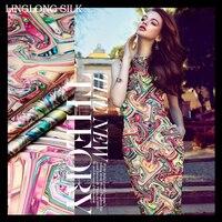 PRINTED SILK STRETCH SATIN 118cm width 19momme Mulberry Silk Satin Fabric Silk Dress Fabrics 2016 New Fashion Fabric