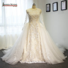 Amanda Chen Ivory high-end two wedding dress with sleeves
