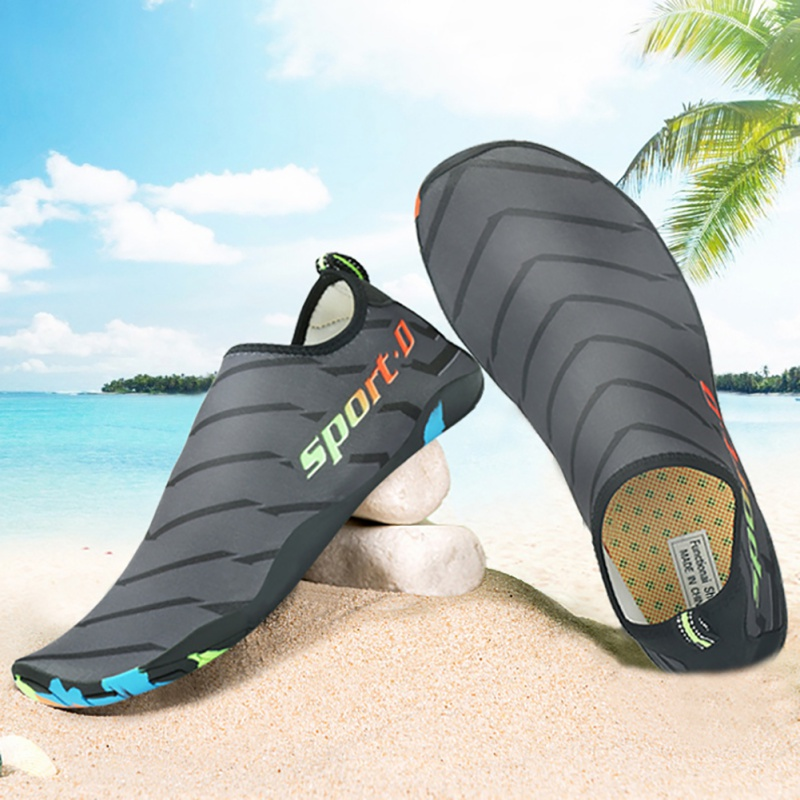 Outdoor 3 Style High Quality Men Swimming Anti-Slip Surfing Shoes Summer Sneakers for Men Beach River Bathing Shoes Rubber
