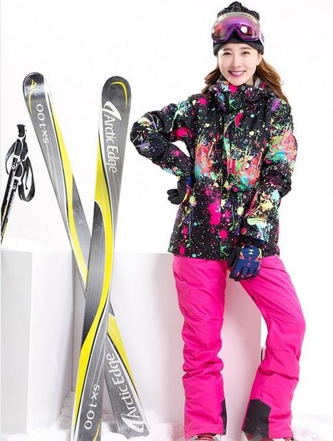 6968f20f7d Women ski suit female riding climbing skiing suit skiwear black graffiti ski  jacket and rose red suspender ski pants bib pants